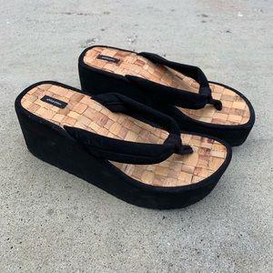 Vintage Xhilaration Platform Sandals!